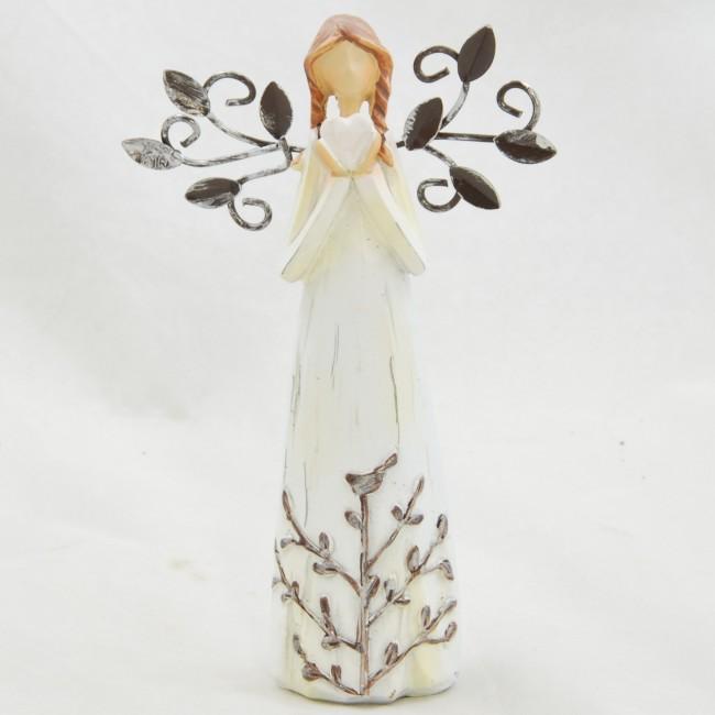 ID Figurka anděla v krémových šatech se srdíčkem a kovovými křídly 14x8,5cm