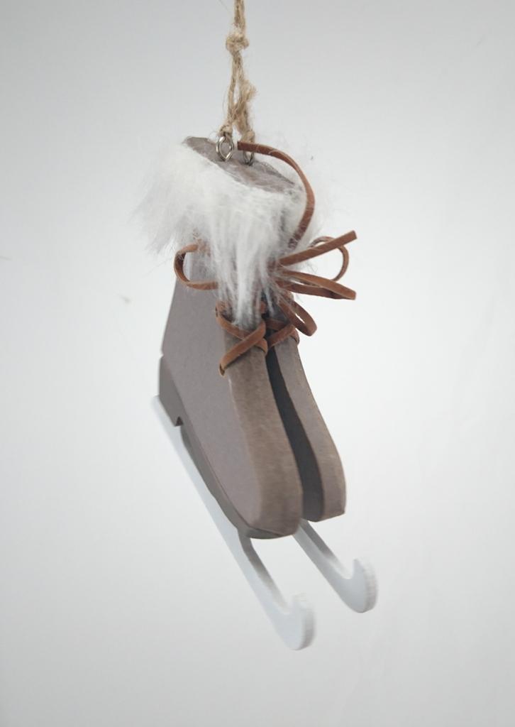 KI Brusle šedé a bílé dřevěné 11,5x10x1cm Barva: šedá