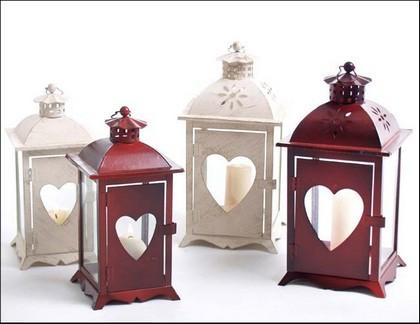 Lucerna srdce kov Barva: červená, Provedení: Menší