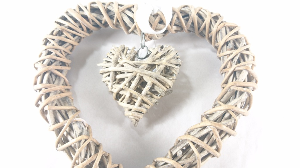 Proutěné srdce se srdcem 20cm