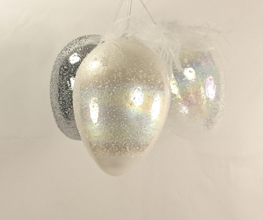 Skleněné vejce s peříčky Diamond Barva: bílá