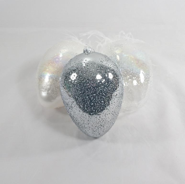 Skleněné vejce s peříčky Diamond Barva: stříbrná
