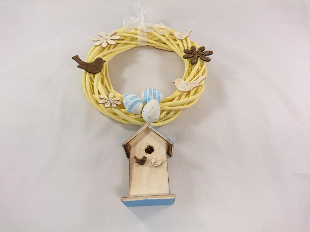 VESELÁ ŽENA Velikonoční věnec s ptačí budkou