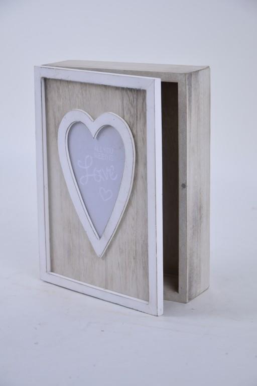 Krabička Love dřevěná Rozměry: 14x19x5cm