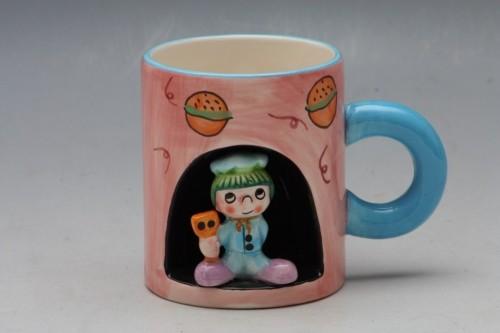 Hrnek dětský s postavičkou 10x9cm Barva: růžová