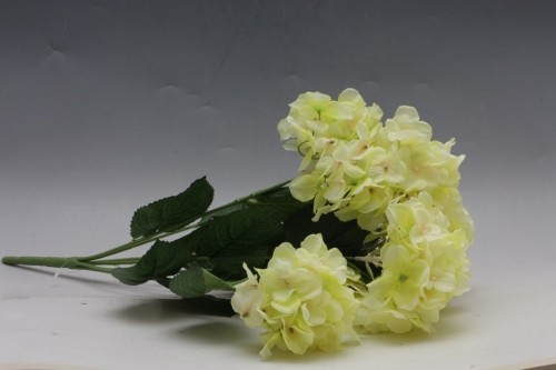 Hortenzie umělá kytice Barva: žlutá
