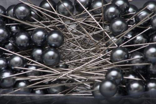 HR Špendlíky ozdobné s perlou Barva: tmavě šedá, Provedení: Větší