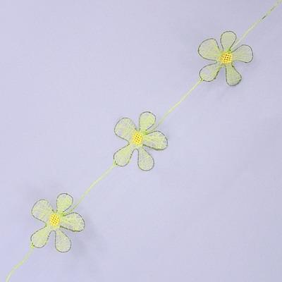 Girlanda květinky kov a textil 200cm Barva: zelená