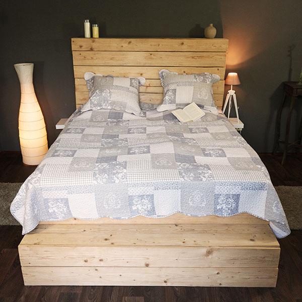 Přehoz na postel polštář 140x200cm