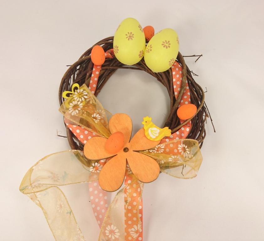 VESELÁ ŽENA Velikonoční věnec vajíčka