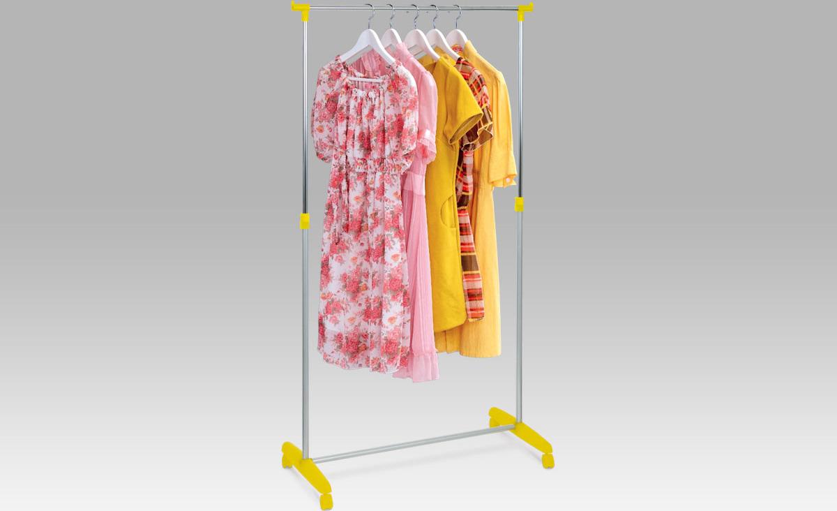 Stojan na šaty, žlutá / chrom