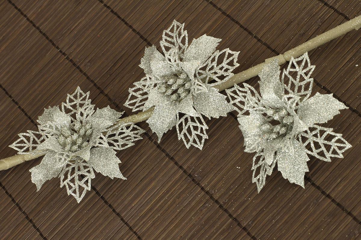 Artium Květina dekorační na klipu Barva: stříbrná