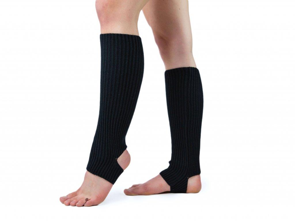 Návleky na nohy s otvorem na patu VFstyle 43 cm černé