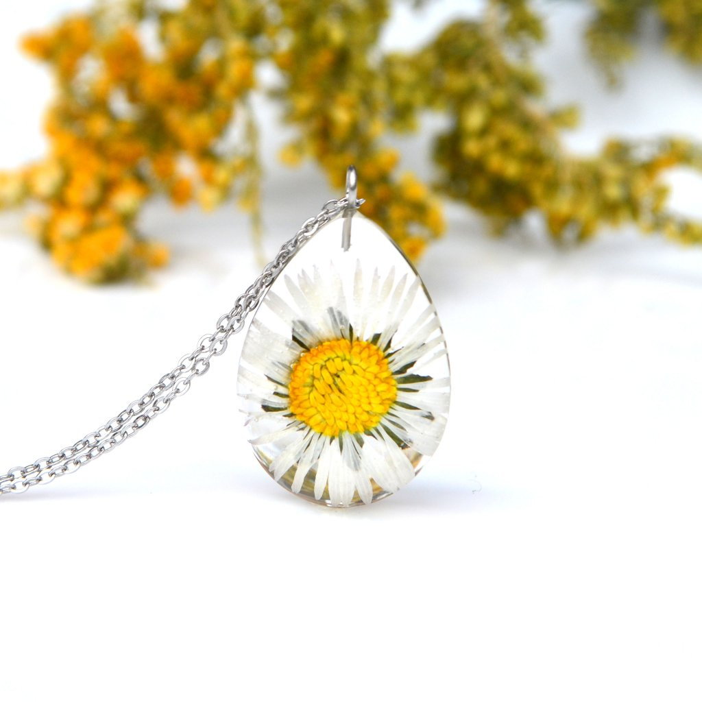 sedmikráskový náhrdelník (2)