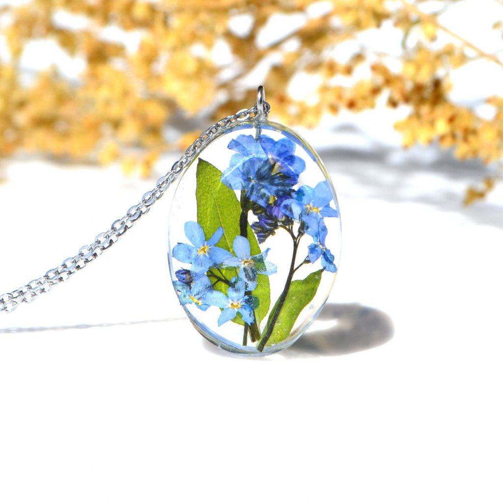 modrý náhrdelník pomněnky (1)