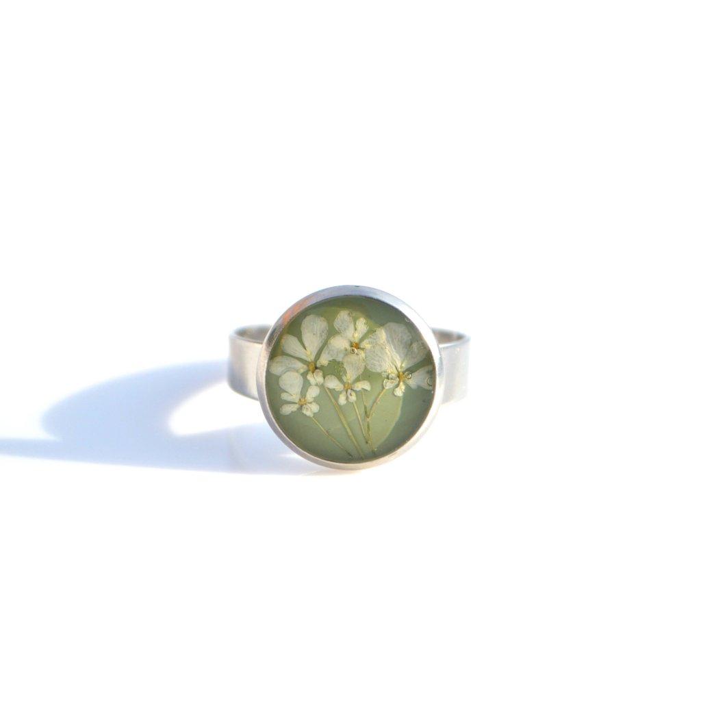 světle zelený prsten (1)