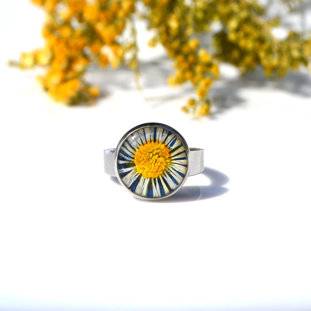sedmikráskový prsten (2)