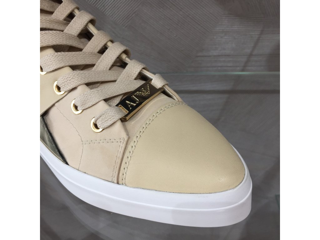 c67c8ecede ... Dámské tenisky Armani Jeans - béžovo-zlatá (Velikost 41)