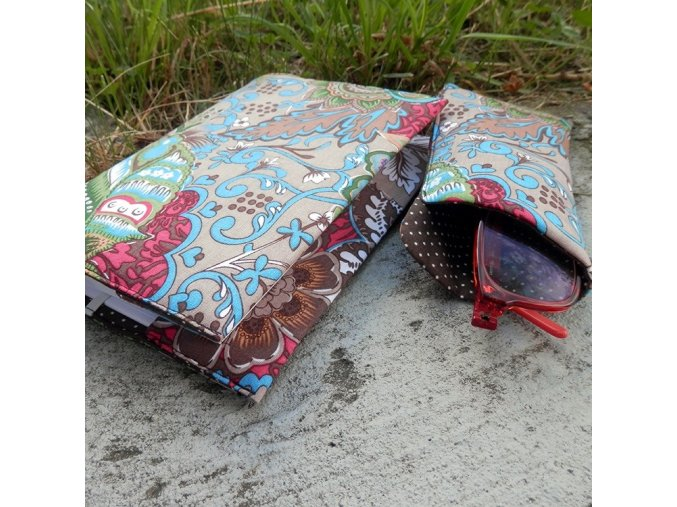 Návod na šití na obal na knihu a brýle