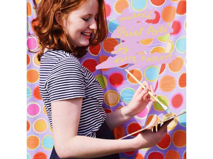 paint pots látka na šaty metráž na sukně kaffe fassett patchwork 1000 x 1000
