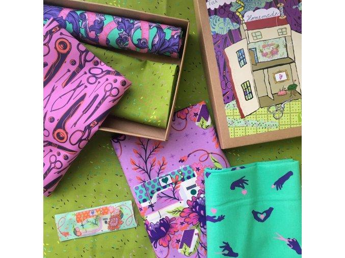 tula pink metráž s šicí tématikou designová látka kolekce homemade noc