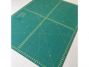 řezací podložka na patchwork 1