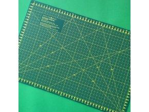 patchworková podložka 45x30 cm střední nejběžnější samozacelovací