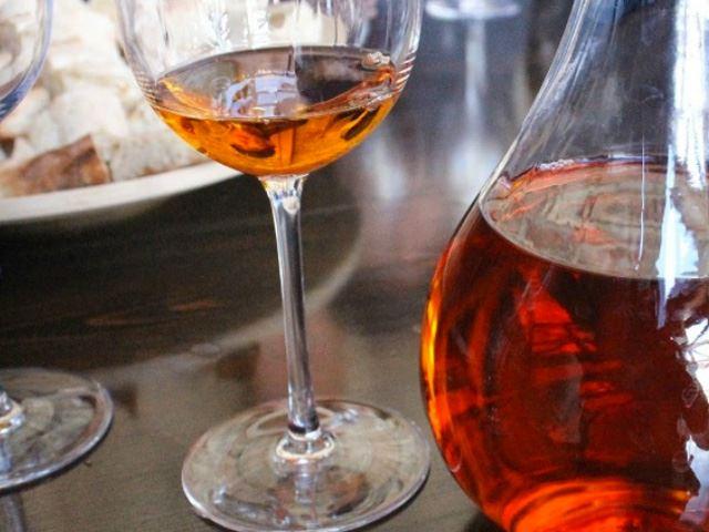 Oranžová vína Kvevri