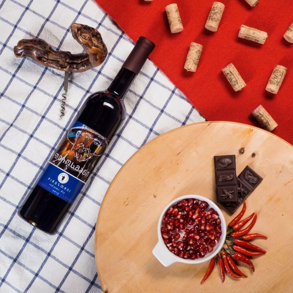 Degustační sada červených gruzínských vín: 3x polosuché; 3x polosladké