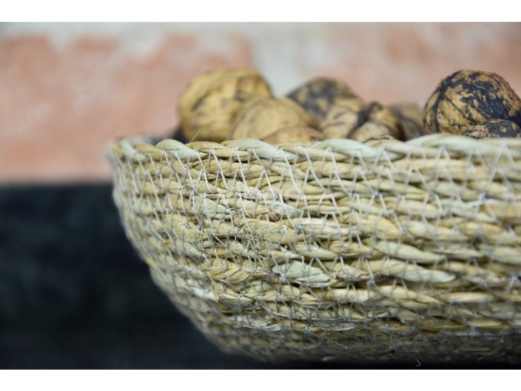 Miska z mořské trávy pro podzimní úrodu