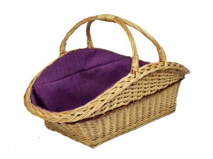 Proutěný koš na dřevo s fialovou textilií