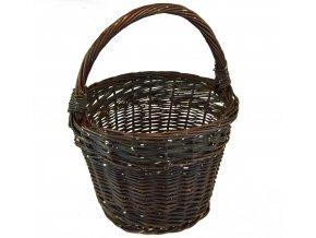 Tmavý proutěný košík na velikonoční vajíčka
