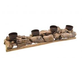 Hnědý dřevěný svícen na 4 svíčky