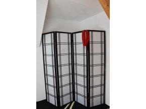 Paraván Vingo černý (Velikost 200x2x180) s dekorací - tip na umístění v interiéru