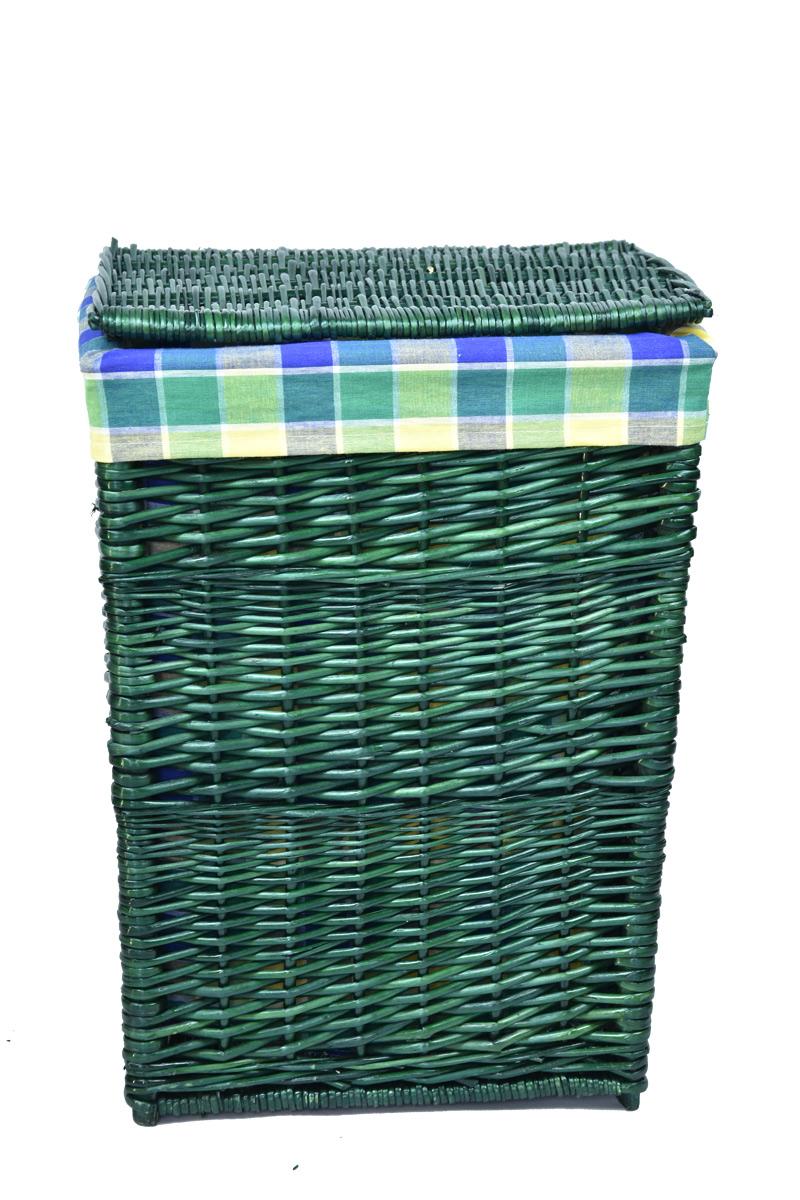 Hranatý proutěný koš na prádlo lahvově zelené barvy Rozměry (cm): 39x34, v. 52