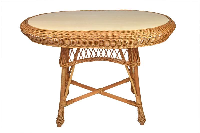 Oválný proutěný stůl