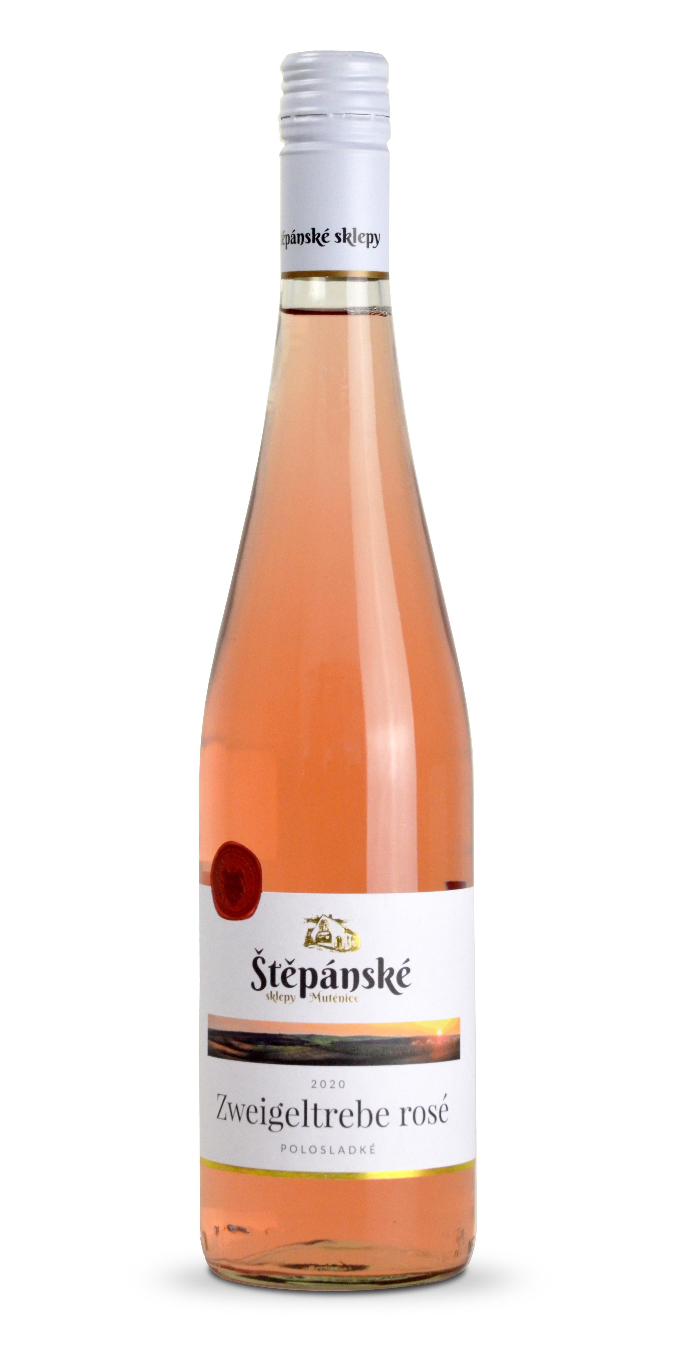 stepanske-vino-zweigeltrebe-rose