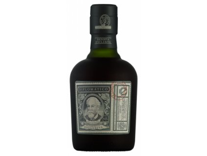 Reserva Exclusiva half bottle big