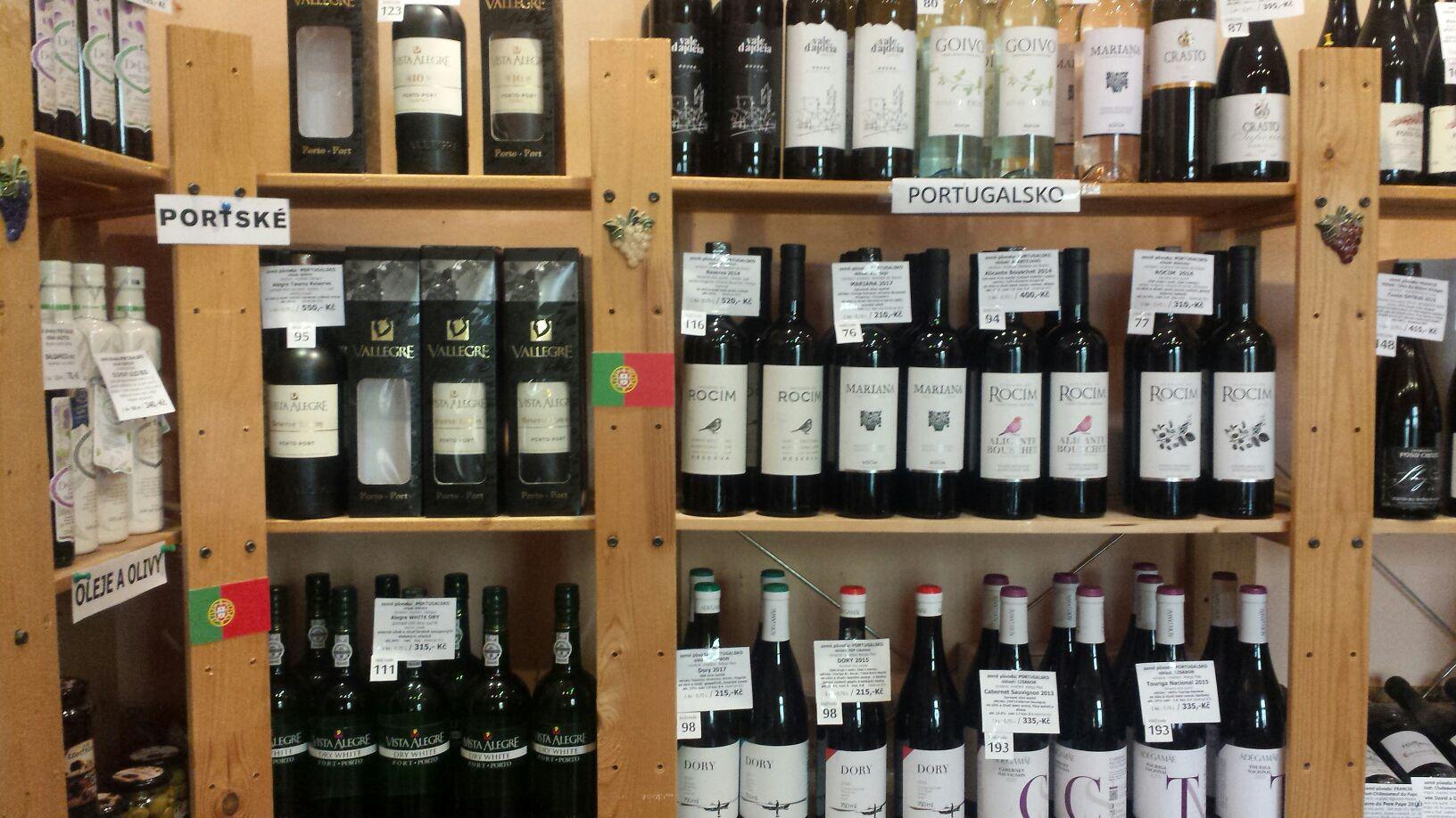 portugalská vína v obchodu a e-shopu
