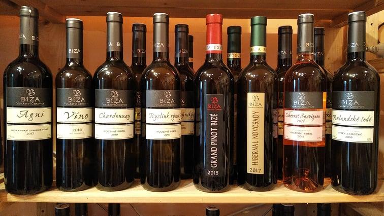 vína Bíza ve Vinotéce ve dvoře