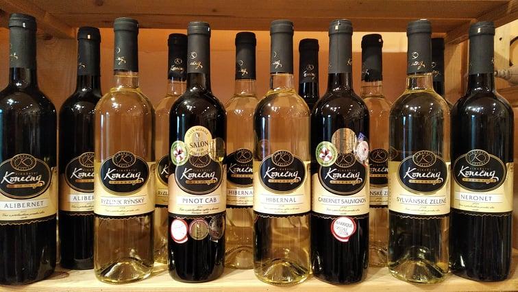 vína Konečný ve Vinotéce ve dvoře