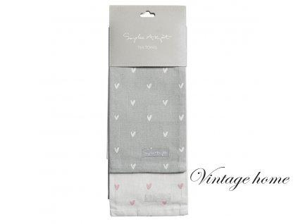 all34602 hearts tea towels set of 2 cut out high res web image 2 d668c309 84d9 4f33 9376 6b68655cae6e 900x
