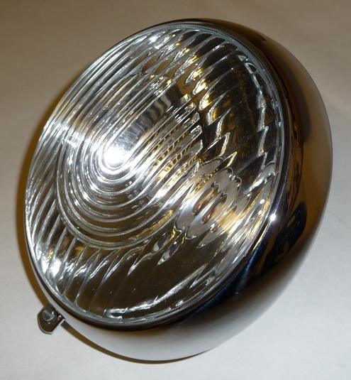253.   Přední světlomet JAWA  250 Speciál