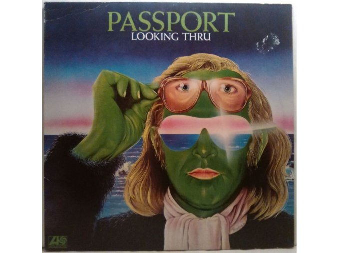 LP Passport - Looking Thru, 1973