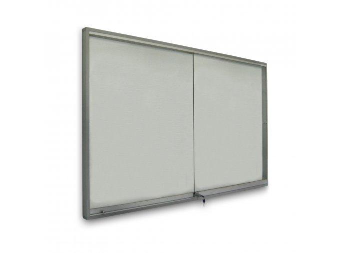 Interiérová vitrína 12xA4 s posuvnými dvířky - sleva