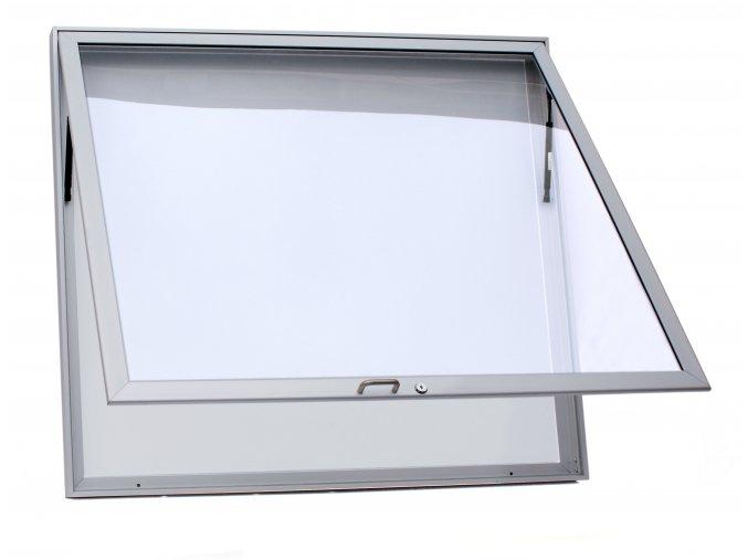 L60 15 otevřená bez loga (4570)