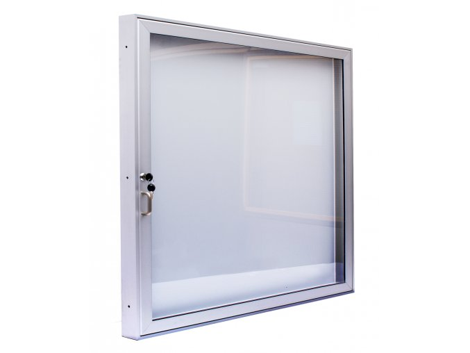 L60 12 zavřená bez loga (4573) kopie