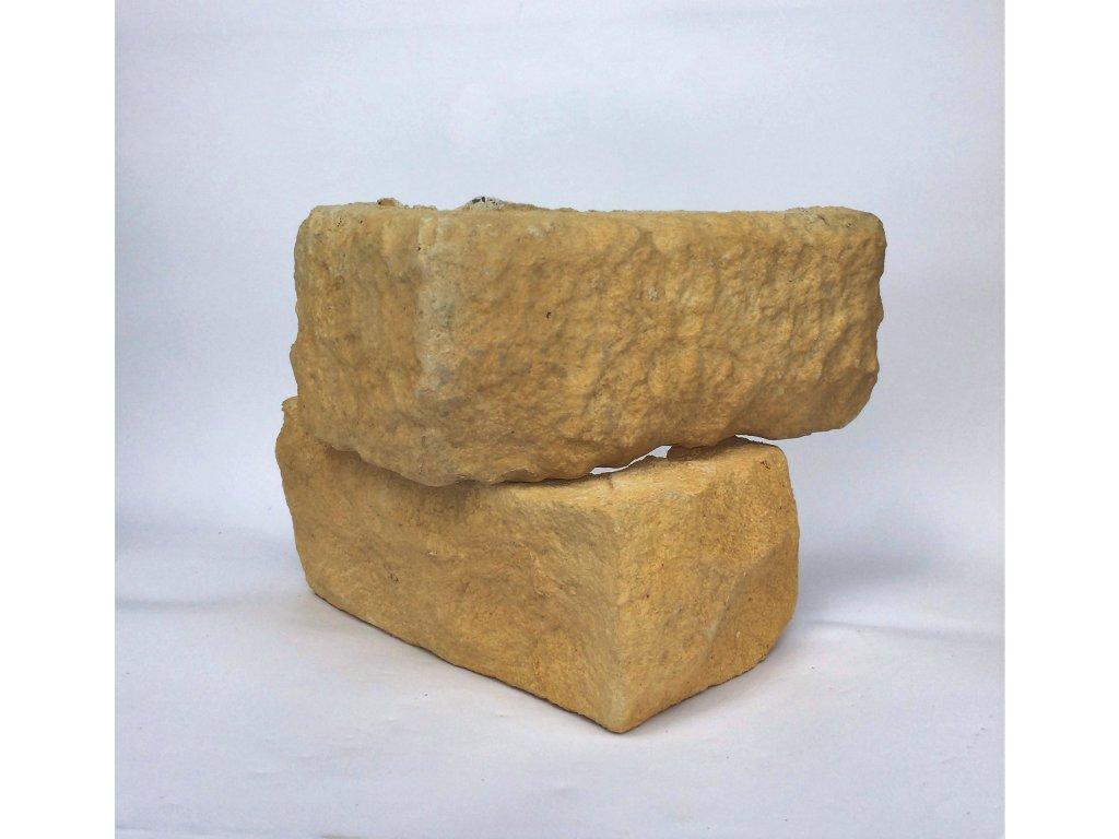 Kamenný roh WILDSTONE Lámaná skála Trivento