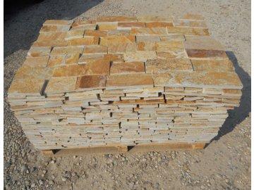 Přírodní kámen Vipstone rula zrzavo-žlutá formát. obklad 1-2,5 cm (formát 10 cm)