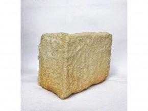 Kamenný roh WILDSTONE Štípaný pískovec Roma